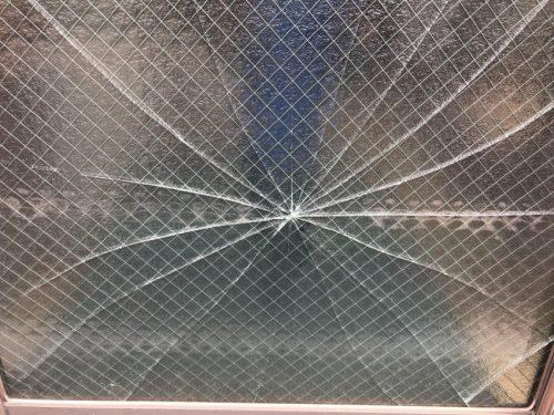 網入りガラス 交換工事 | 東京都台東区の祖山硝子商会